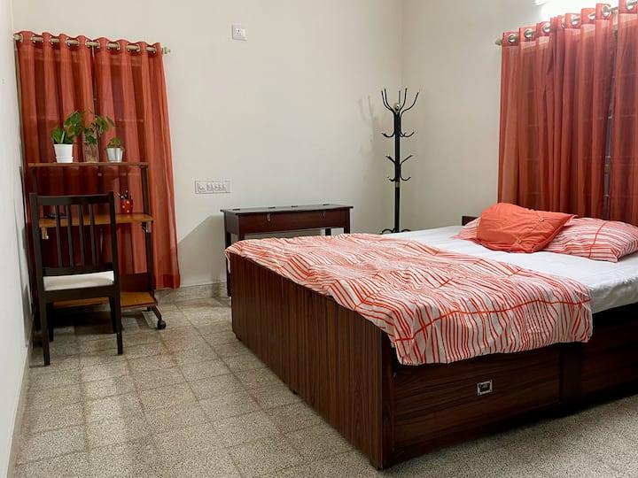 Single room @ Summer House (Ground Floor)