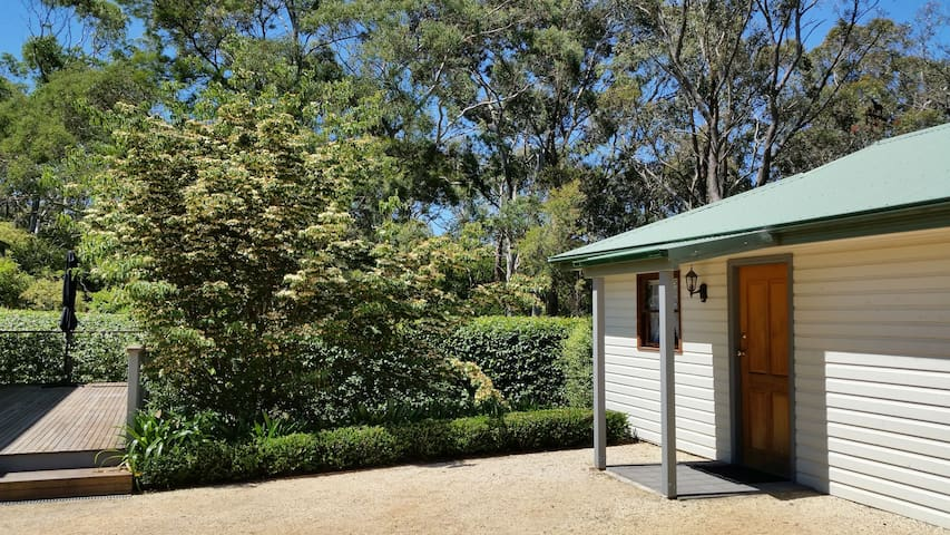 Mountain lover's paradise: Self Contained Studio - Wentworth Falls - Lägenhet