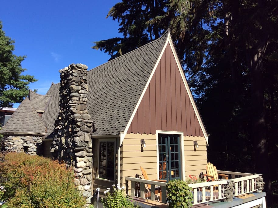 Mammoth stone fireplace and turret were built by a WPA stonemason who also worked on Paradise Inn at Mt. Rainier National Park.