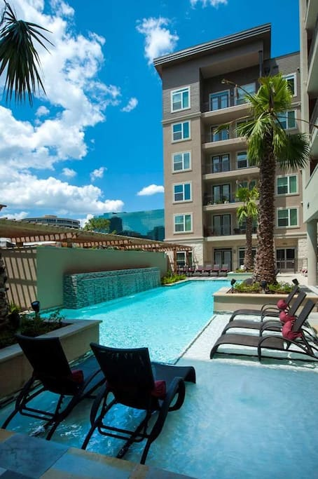 Luxurious Heated Pool Galleria Apartments For Rent In
