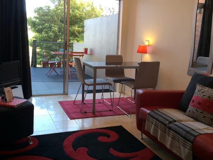Red Door Apartment in Battery Point +2 beds +WIFI
