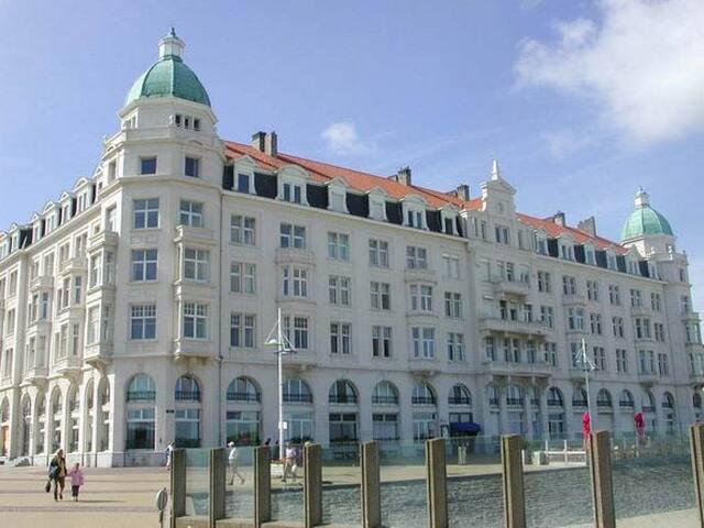 Luxe duplex appartement in uniek historisch hotel - Brugge - Rumah