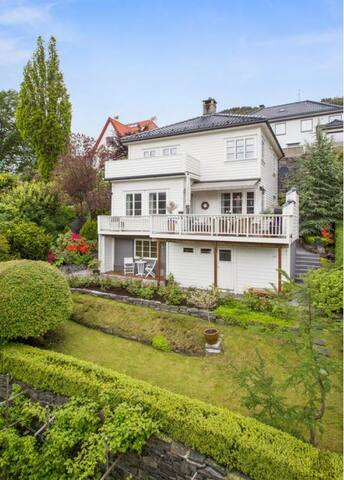 House downtown in exclusive area - Bergen - Hus