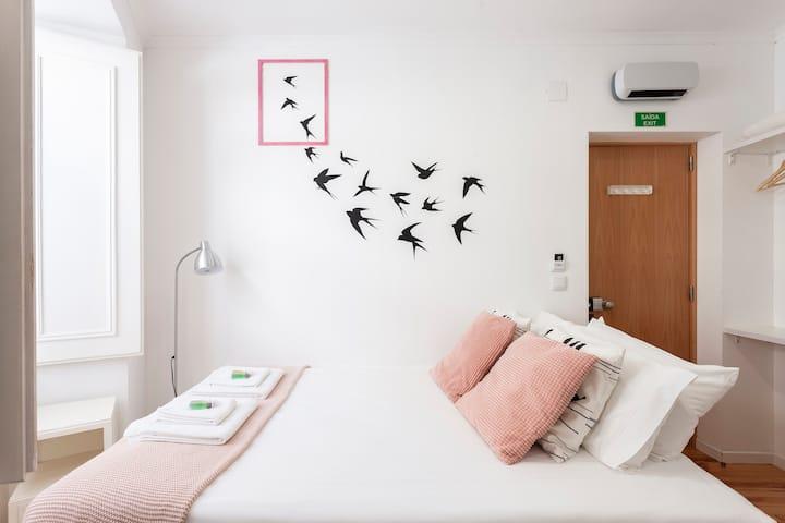 Lightcornerhouse 6 - privative suite in apartment