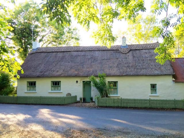 An ancient Irish retreat - Letterkenny  - Stuga