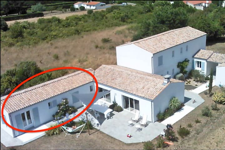 Maison d'Hôtes à Oleron à 900 m de la plage