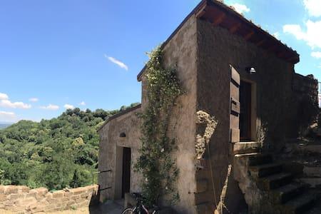 Maison de campagne avec jardin et terrasse