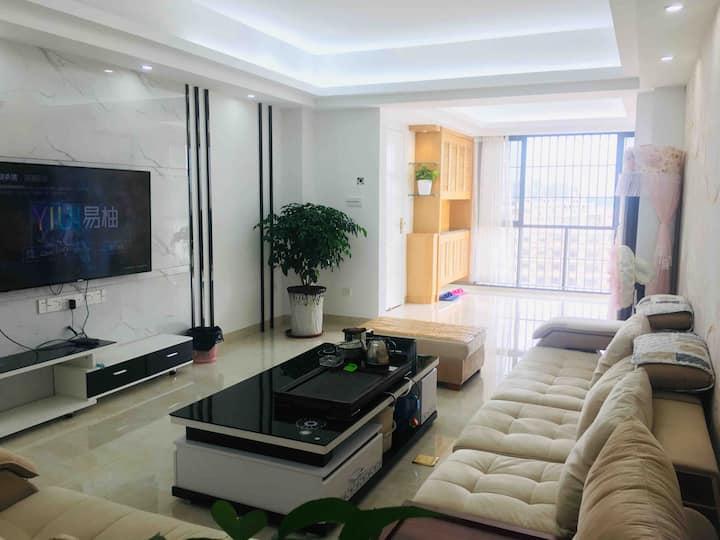 新阳花园高层观景居家房