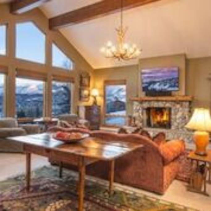 Beautiful Views, gas fireplace