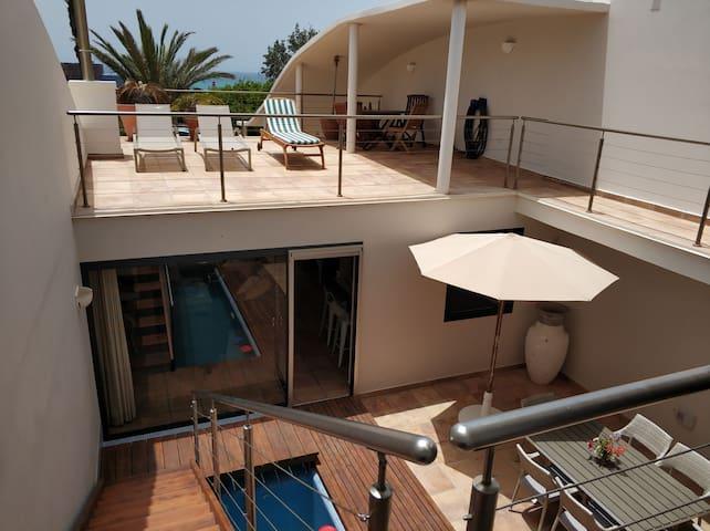 Villa PAOLA, para 8 personas piscina privada, WIFI