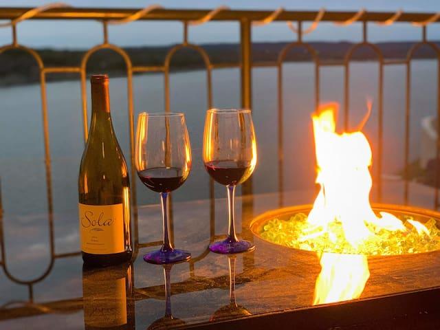Serene lake view villa at Island on Lake Travis