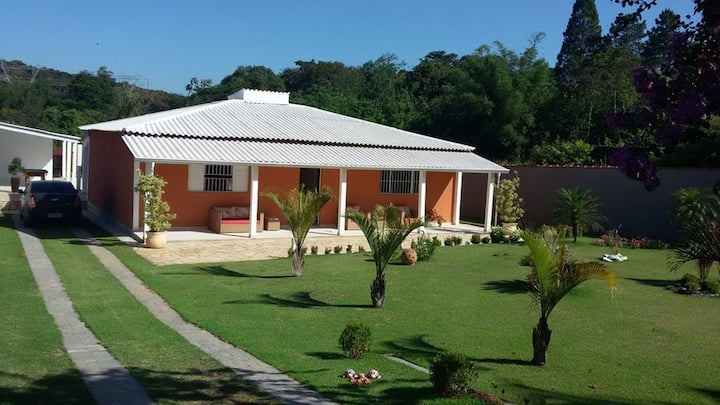 Chacara em Atibaia (casa inteira)