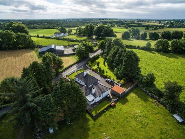Cong Farm house