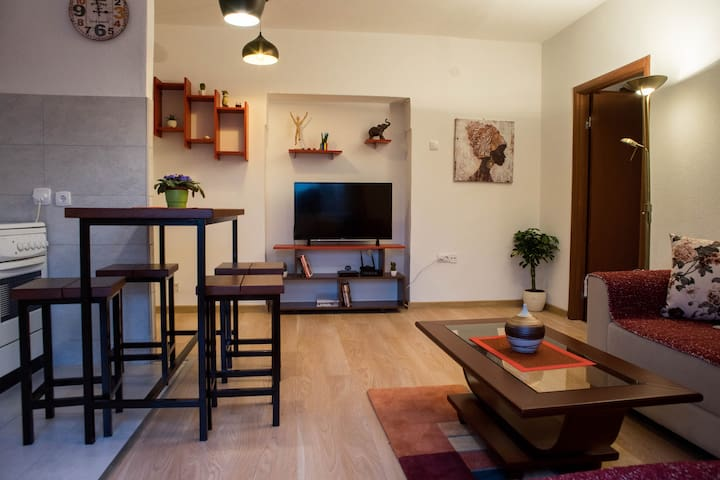 Peaceful and Charming City Centre Apartment