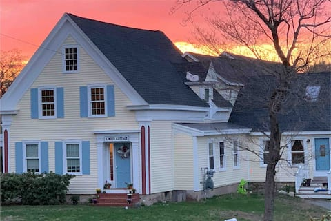 Linden Cottage - authentic gem with modern comfort