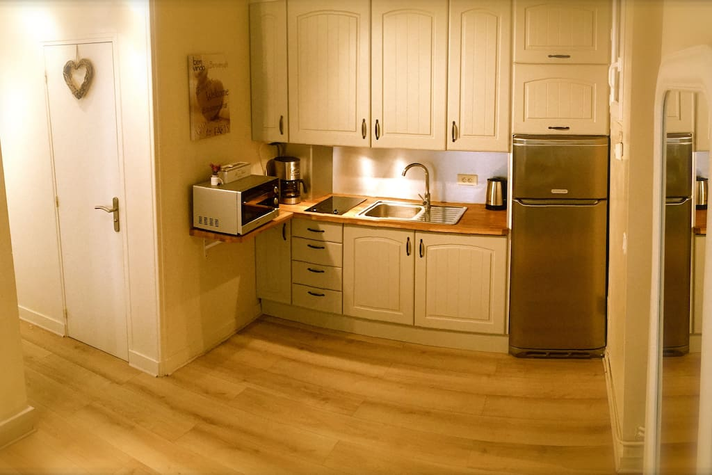 Open kitchen fully equipped...