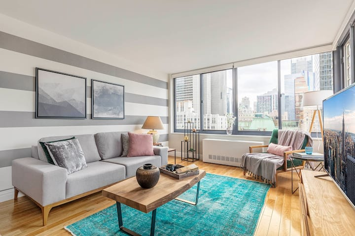 Clever 1BR near Broadway w/ Indoor pool + Gym by Blueground