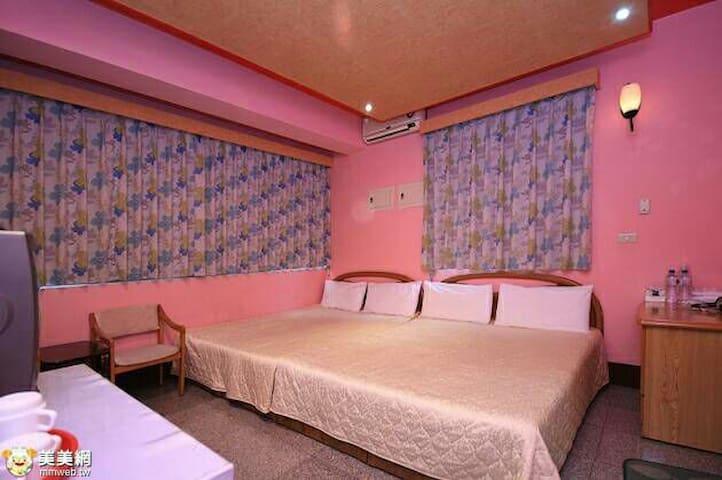 四人套房適合二大二小入住 - Yuchi Township - ที่พักพร้อมอาหารเช้า