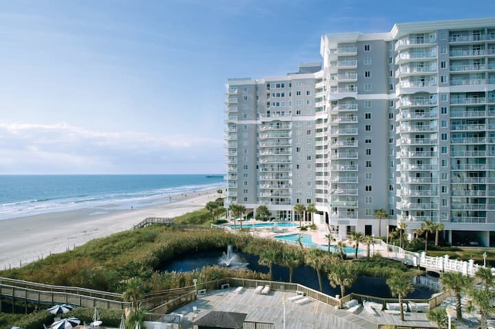 Large Two Bedroom Deluxe Condo, Myrtle Beach (Z10)