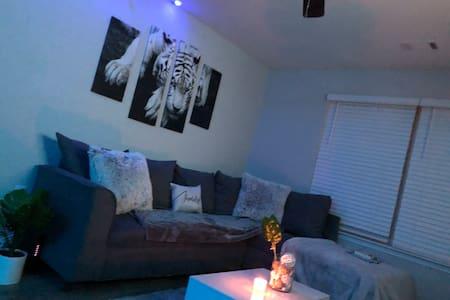 Clean Apartment/ New apartment