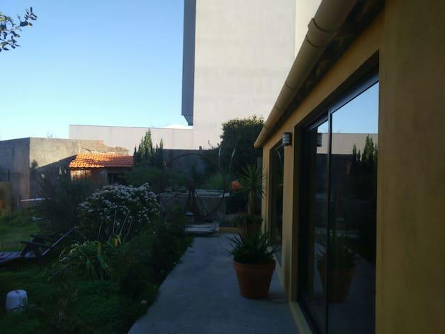 Studio/garden