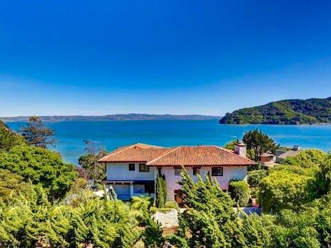 Idyllic Bay View Tiburon Guest House
