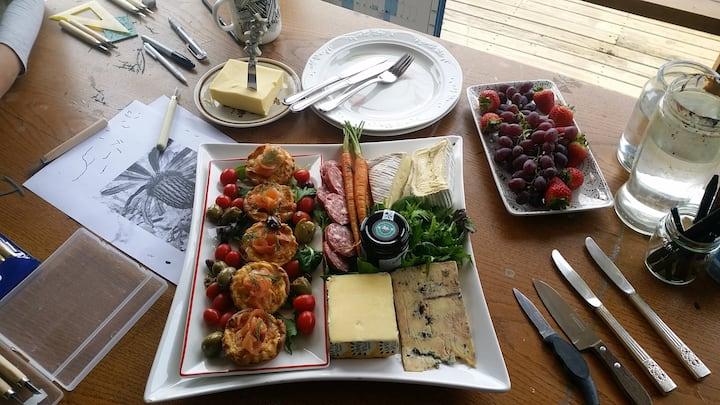 Tasty Huon Salmon Tarts + Tas cheeses
