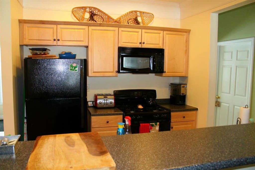 Kitchen fully outfitted