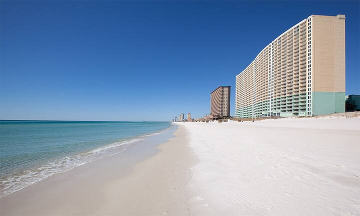 Beach Retreat w/ Panoramic Views & On the Beach