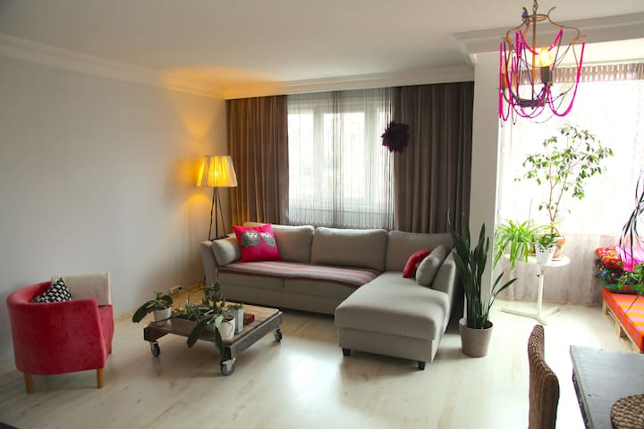 Cozy Bright Flat on The Asian Side - Istambul - Casa