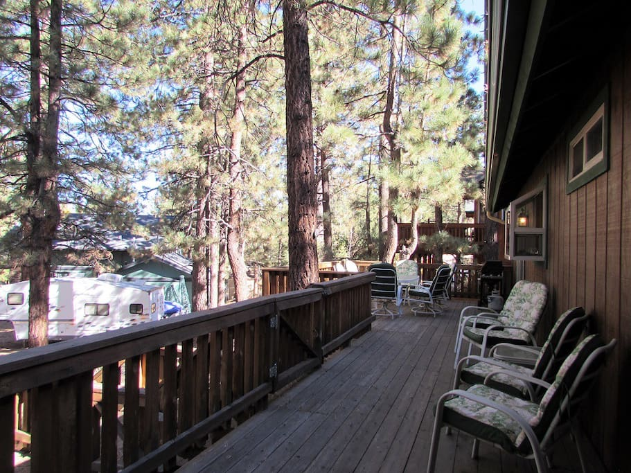 Spacious deck with propane BBQ