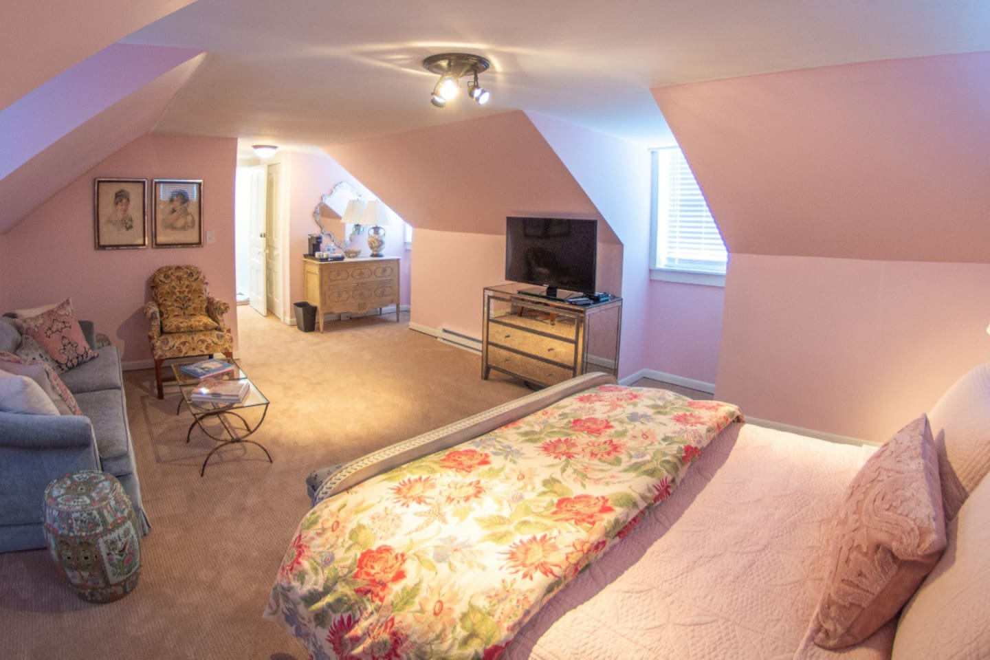 Spacious room with private entrance