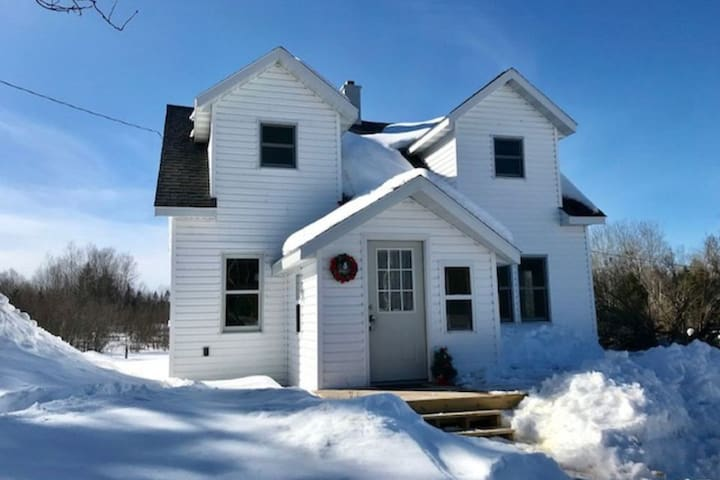 The Saari House on the ABR Ski Trails