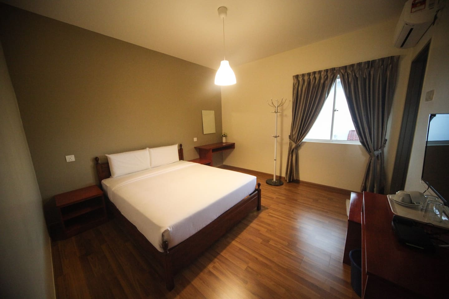 Air conditioned private room with attached bathroom