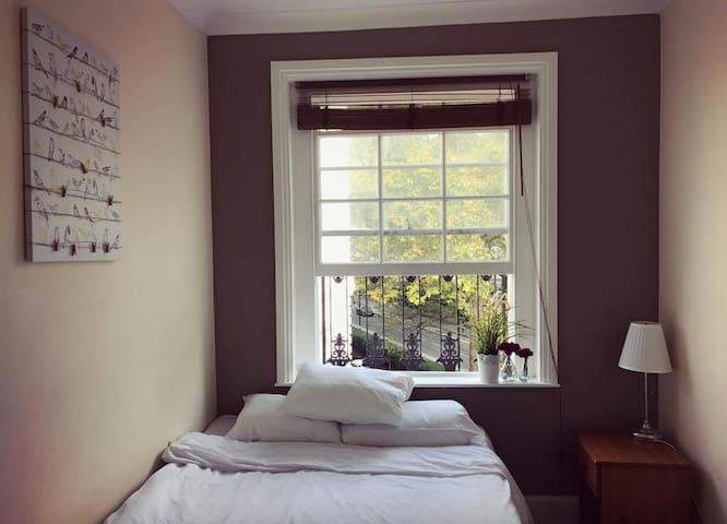 Cosy 3 Bedroom Luxury Apartment, Hyde Park