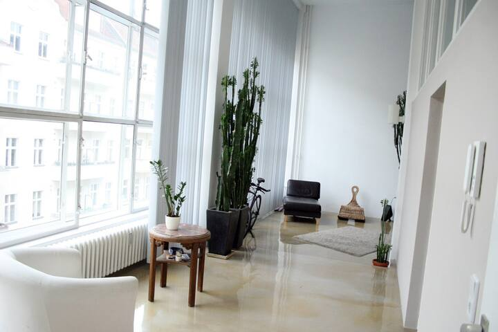Room in Super Loft in Berlin for one Month