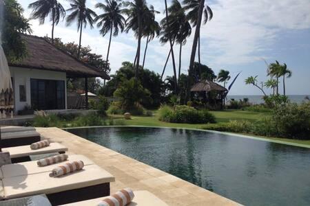 Villa Sisi Pantai au nord de Bali 3 chambres