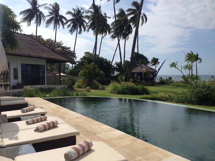 Villa Sisi Pantai au nord de Bali 3 chambres.