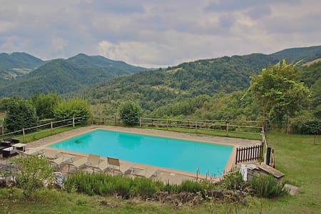 Spacious Farmhouse in Apecchio with Pool