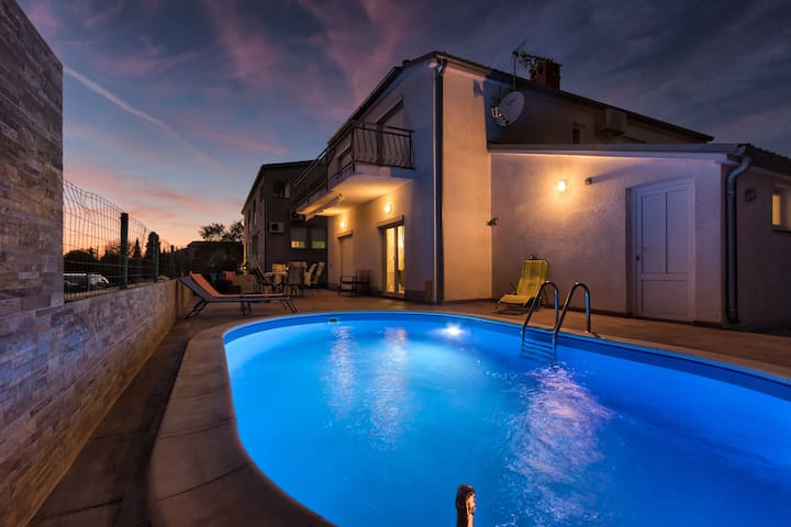 Pleasant family house with the Pool and animations