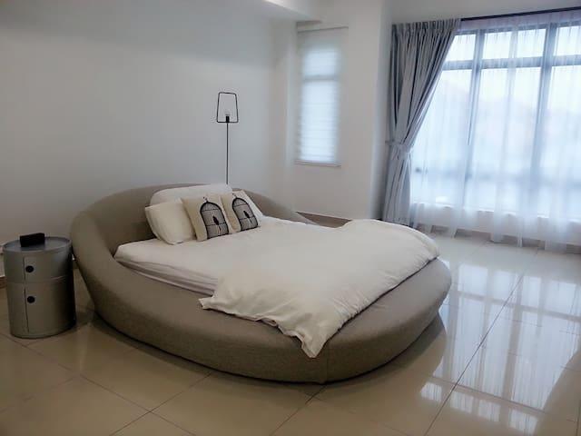 Brand New【极简主义 。MINIMASLIM 1 】Sutera Mall - Skudai - Apartamento
