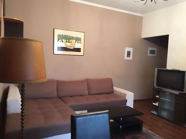 Spacious apartment with very good location - Arad - Wohnung