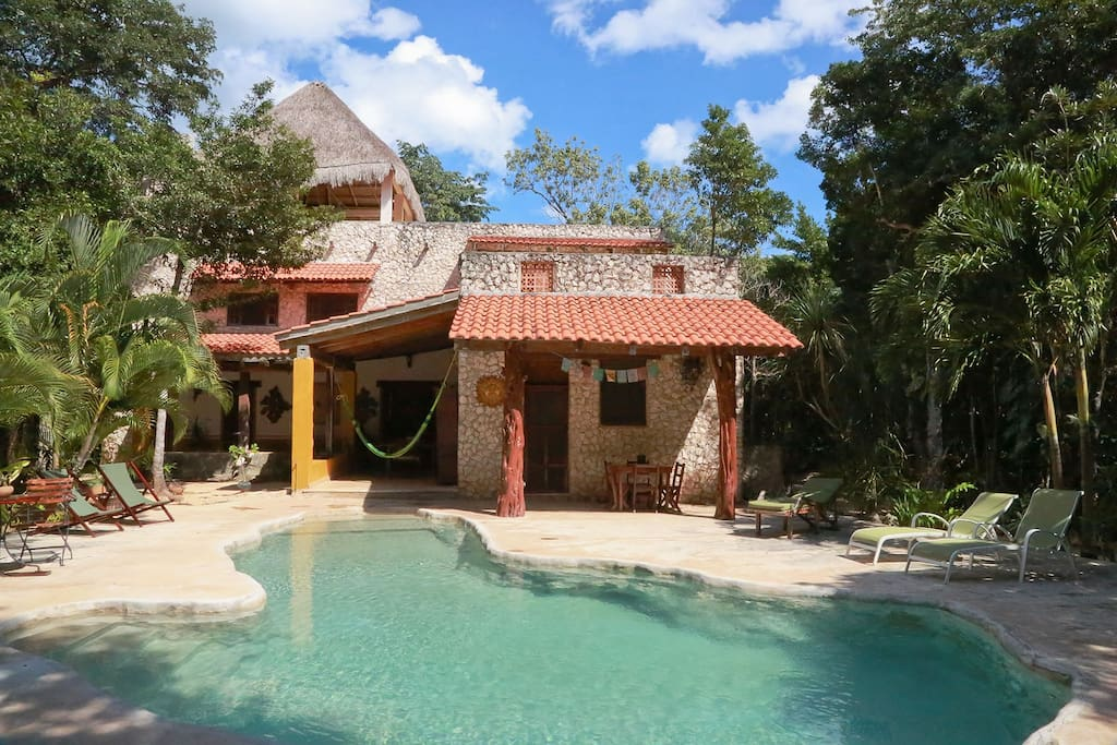 Jungle villa private pool cenote villas for rent in for Villas quintana roo