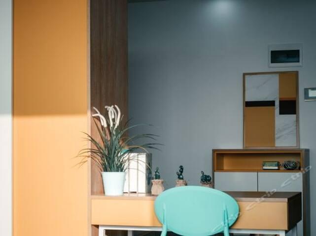 光谷软件园\中南财大\金融港\武汉大学\加州阳光\高层露台投影大床房