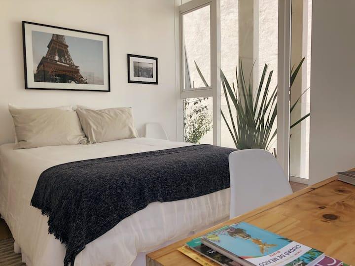 Condesa - Private bedroom in a Designer apartment