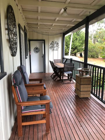 More of the private back deck
