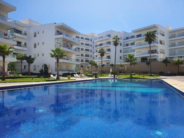 Luxueux appartement avec vue sur mer à dar bouazza