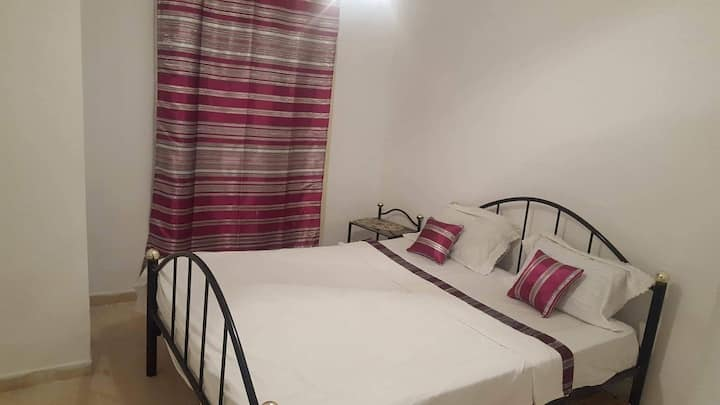 Bel appartement chez chadlia