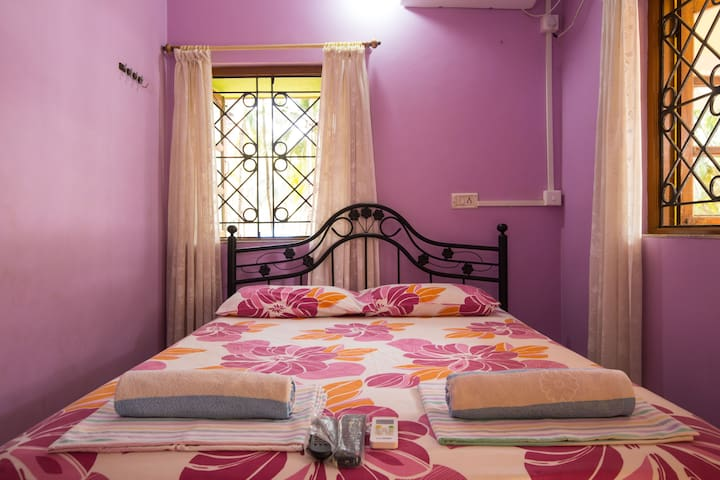 Comfy Unique Stay @ Palolem Beach - Canacona - Guesthouse