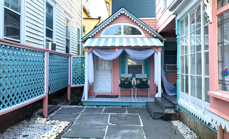 It looks like a doll house, but it's quite roomy inside!